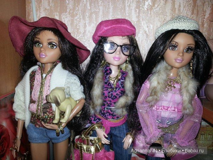 Оригинальные куколки МТ, но я заменила Бижу на Мел, мне ее скинтон ближе. И волосы у а-ля Бижу первого выпуска черные, а не каштановые