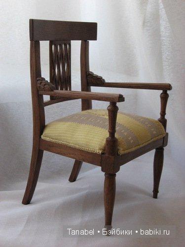 копия антикварного кресла