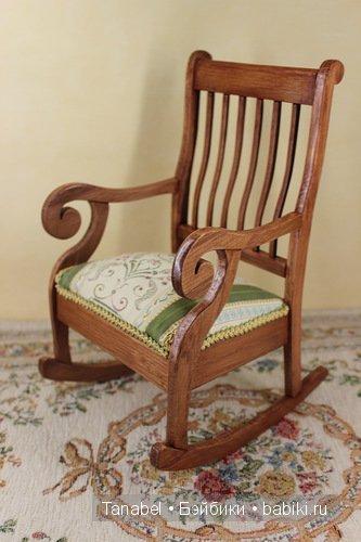 кресло-качалка миниатюрное