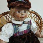Испанский характерный фарфоровый мальчик. Рост 28 см
