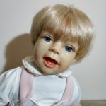 Коллекционная авторская малышка из резин 2006 г № 068/500