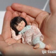 Девочка - сплюшечка. Мини куклы и игрушки Лилии Василик