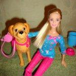 Кукла барби выгуливает собаку тэффи. Версия 1 . Новый