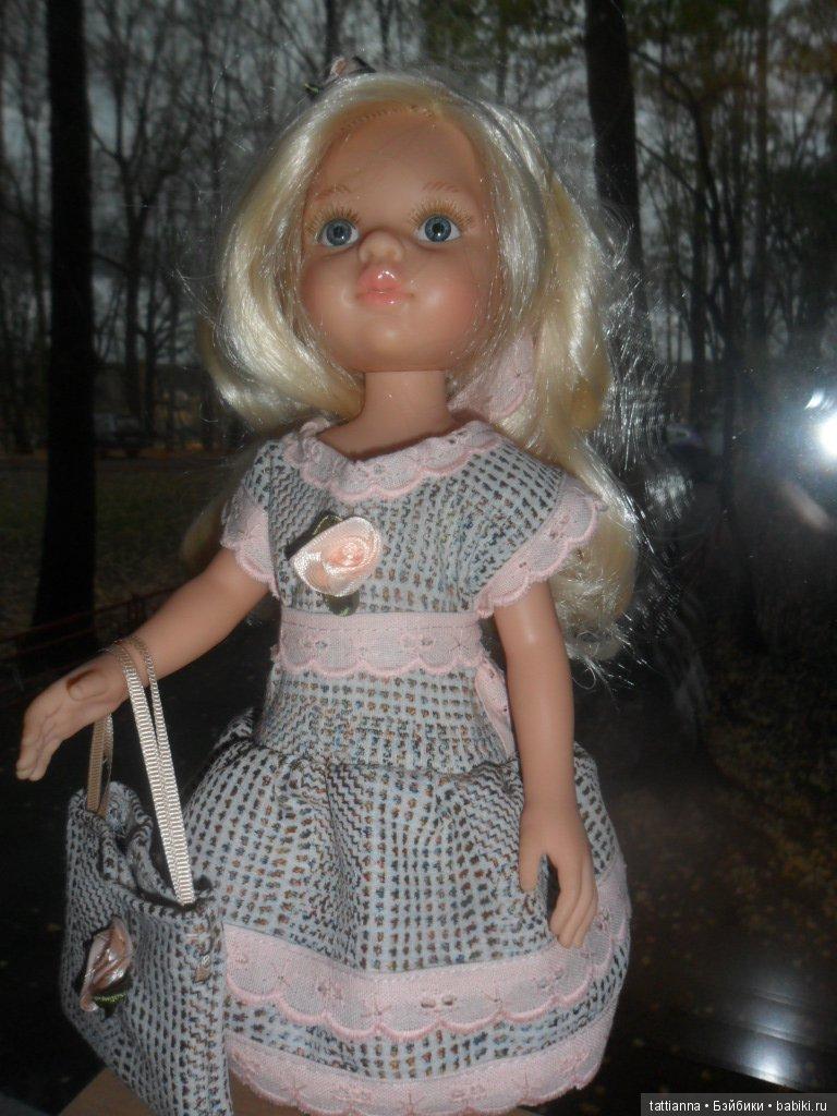 Платье для куклы Твид