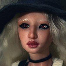Шарнирная кукла Дени