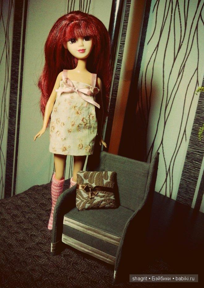 голова кукла Abbie, тело от  куклы Barbie Mattel, красивые красноватые волосы, челка, кресло, ночная, гетры