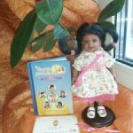 Временно! Редкая фирменная виниловая куколка от miniAdora Маккензи, 20 см.