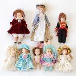 Лот из восьми фарфоровых кукол разного размера и производителя