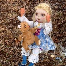 Весенняя текстильная куколка Виктория. Автор и исполнитель Федорова Надежда