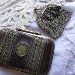 Старинные монетницы - сумочки для антикварных кукол