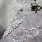 Набор старинных платочков с вышивкой