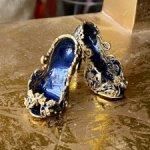 Распродажа шикарных туфель из ювелирной коллекции