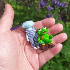 Прогулка с другом и необычное народное творчество (Wonder Frog от Studio uoo)