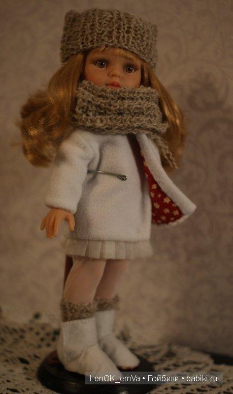 пальтишко с капюшоном на Паолку