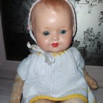 Антикварная куколка, похожа на АМ или Сонненберг