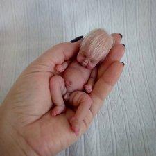 Силиконовый малыш