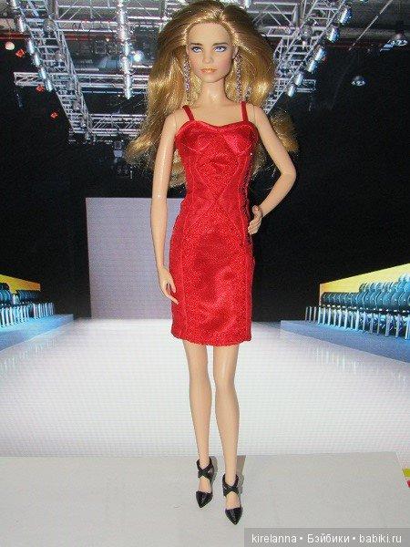 36f2808d699fb03 Дивное платье немедленно примчались примерять мои нынешние звёзды  Лысогорск-ТВ… и обнаружили, что плюшки Киры не пошли им на пользу: Лилит  благодаря ...