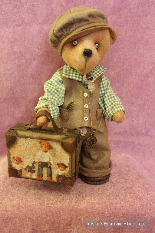 Пример игрушки медведя с глазками ручной работы