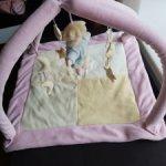 Чудесный игровой коврик для ваших малышек) 42×42