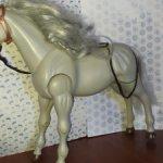 Шарнирный конь подходит Барби
