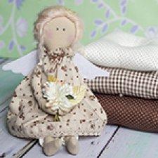 Принцесса на горошине, кофейная текстильная кукла