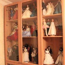 Шкаф для коллекции кукол