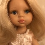 Шикарная полька от Паола Рейна Карла с необыкновенным цветом волос.