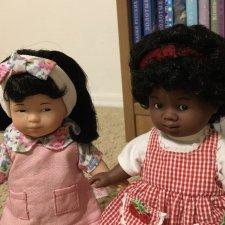 Mini Corolle: этнические куколки
