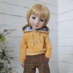 Кофты для кукол Ruby Red и Llorens 37 см.