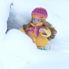 Снежная зимняя прогулка Лины