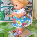 Подставка для куклы.