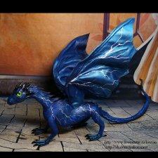 Синий молниевый дракон