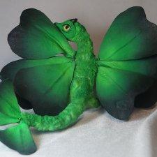 Клеверные драконы. Игрушки ручной работы