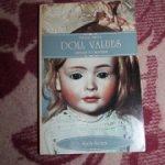 Книга о кукла Dolls values / antique to modern.