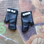 Перчатки от Eden Trouble (Integrity Toys) 2016
