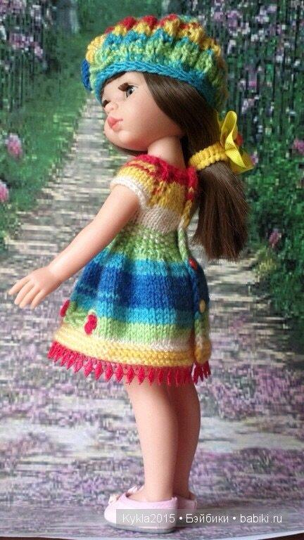 Пуговки на спинке платья, очень удобно при одевании.