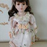 Фарфоровая кукла Рита 12