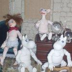 Шарнирных кукол Муми-троллей вам в ленту. Семейство собирается