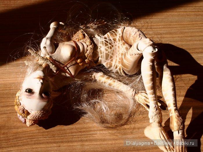 Хлоя, шарнирная кукла
