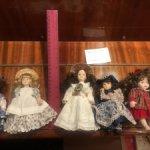 Лот из 5 фарфоровых куколок