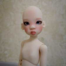 Mini Miki in fair skin Kaye Wiggs