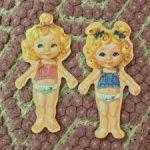 Куклы из дерева с одеждой на магнитах