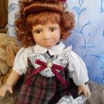 фарфоровая «обижулька», из серии характерных кукол «Эмоции».