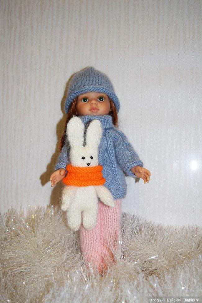 Зайчик с куклой Паола Рейна