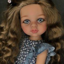 Голубоглазая девочка Карла