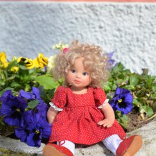 Весна и куколки Gabriele Müller на прогулке