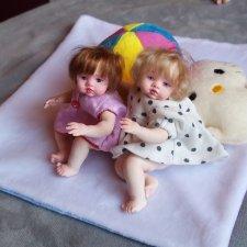 Маленькие куклы. Девчонки, девчонки