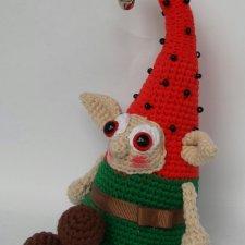 Эльф-арбузик - игрушка вязанная крючком