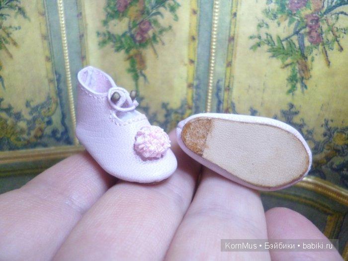 Маленькие кожаные туфли для куклы с каблуком, длина 32 мм