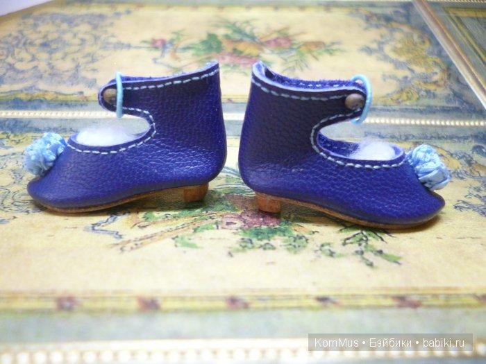 Маленькие кожаные туфли для куклы с каблуком, длина 30 мм